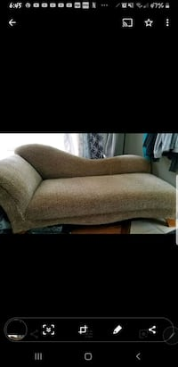 Just reduced to sell chiaise lounge Pensacola, 32534