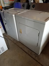 Electric apartment sized washer and dryer  Sterling Heights, 48310