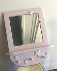 Girls room mirror with hooks