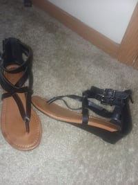 Size 6 black express strappy sandles Sioux Falls, 57108