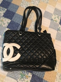 Quilted black chanel leather tote bag Halifax, B3R 1W5
