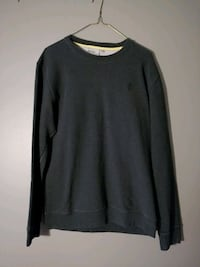 WESC crew neck sweater  Guelph