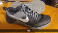 pair of gray Nike running shoes Surrey, V3R 3S9