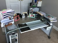 Metal desk with wheels Chantilly, 20152
