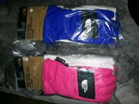 The North Face kids Gore-Tex gloves