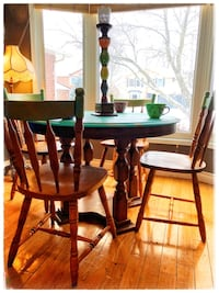 Dining table with chairs Burlington, L7M 2M4