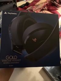 Limited Edition Blue PS4 Wireless Headset , 22102