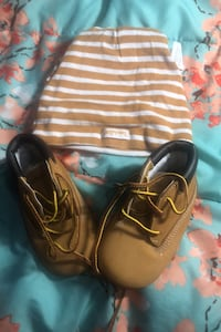 Timberland baby Hat and shoes Toronto, M6L 3V7