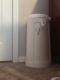 white and gray water heater Gainesville, 32653
