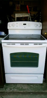 GE electric glass top stove Centreville, 20120