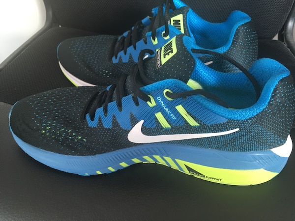 Nike Dynamic support running shoe , actual price 1200, selling price 500