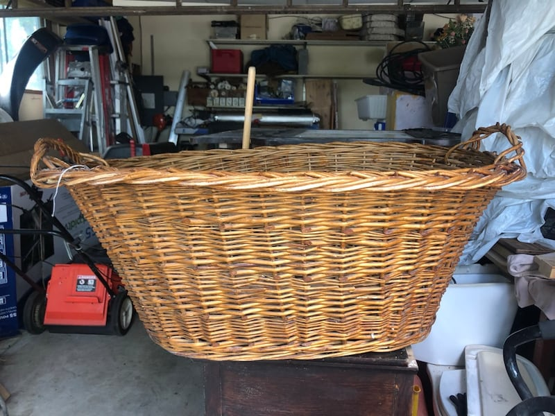 Oversized antique wicker basket 07c2fb30-cefe-48de-a1b4-3b4d64b556b7