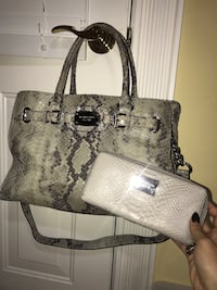 Michael Kors purse and wallet  Goose Creek, 29445
