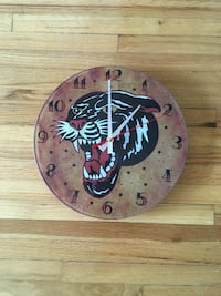 Round brown and black analog wall clock Vancouver, V6H