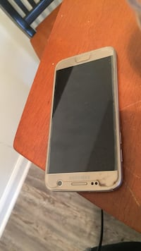 gold Samsung Galaxy android smartphone
