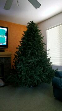 7 foot artificial Christmas tree!  Palmdale, 93551