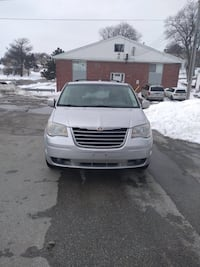 Chrysler - Town and Country - 2008 Omaha
