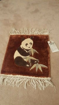 100% Silk panda rug (1'x1') Washington