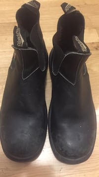 Blundestone size 10 fit like 11 steel toe boots Toronto, M5V 3G3