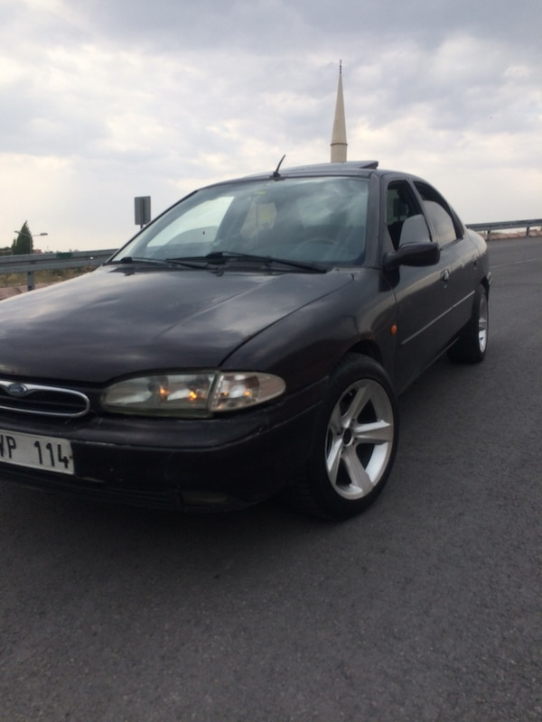 Ford - Mondeo - 1996