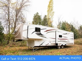 [For Rent by Owner] 2013 KZ RV Stoneridge 38SR