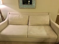 Crate and Barrel Verano II couch (4 yrs old) 26 mi