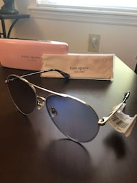 Kate Spade New York Carolane sunglasses. New. Original $160