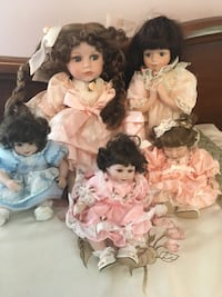two white and brown dressed porcelain dolls Social Circle, 30025