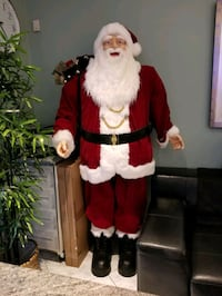 6 1/2 ft. tall life size plush santa Toronto, M4L 3X4