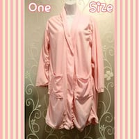WOMENS SOFT PINK ROBE ONE SIZE (READ)   Ontario, 91762