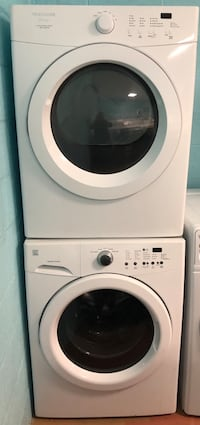 Front load washer and gas dryer set  90 days warranty