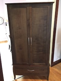 Brown wooden 2-door cabinet Washington, 20003