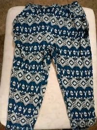 blue and white floral pants Baton Rouge, 70820