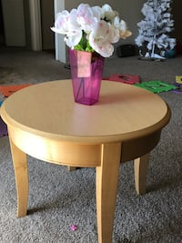 round brown wooden side table Rocky Hill, 06067