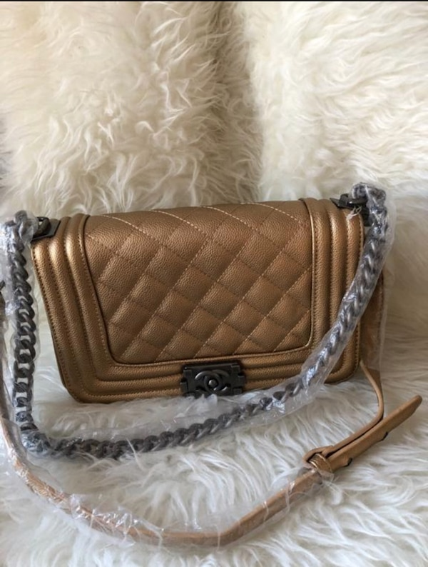 d546b21f10c6 Used Chanel boy for sale in Clifton - letgo