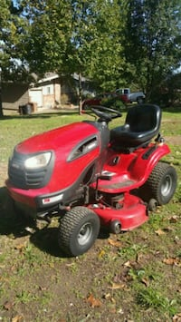 Riding mower  Kimberling City, 65686