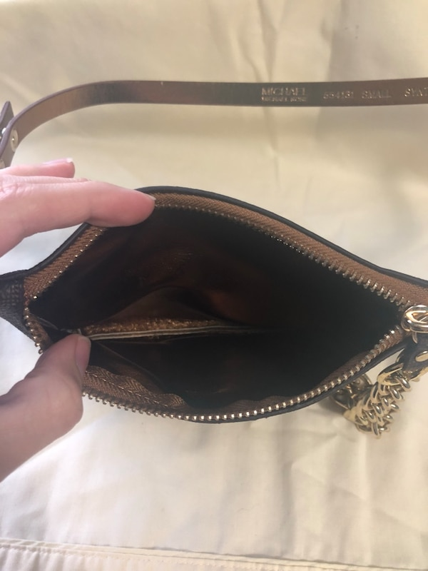 3c11302c1eb842 Used Michael Kors waist bag for sale in Deer Park - letgo