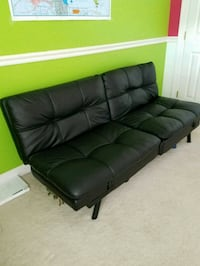 Black sofa/futton Urbana, 21704