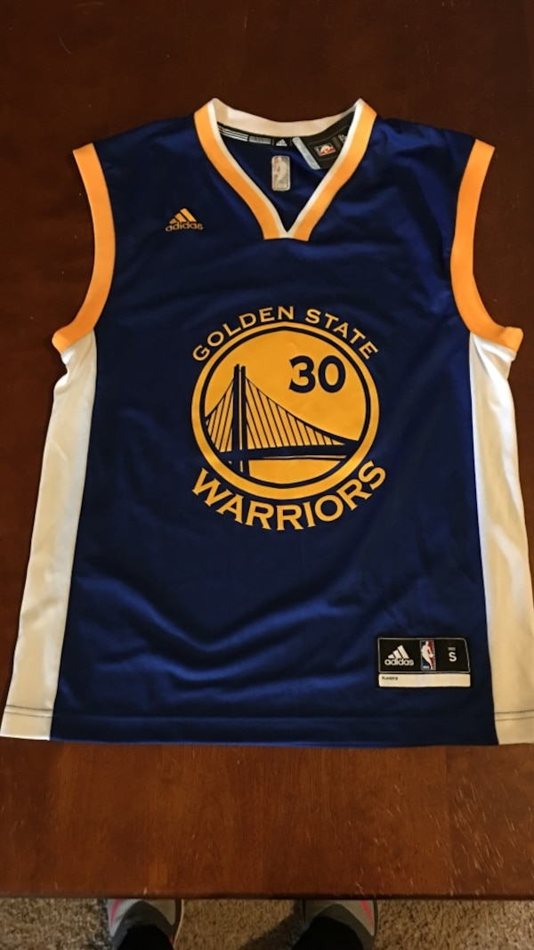 huge selection of 6069e 2baa7 Blue, yellow, and white Golden State Warriors 30 jersey top