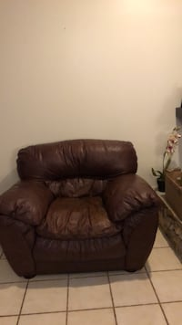 leather chair  Casselberry, 32707