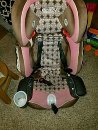 baby's pink and gray Graco car seat Tulare, 93274