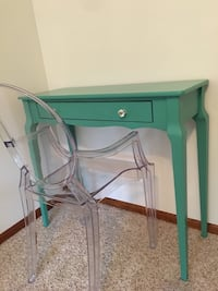 Writing desk and ghost chair Ankeny, 50023