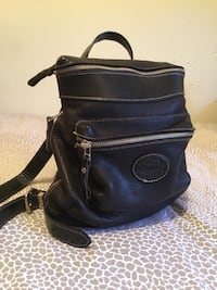 ROOTS BLACK LEATHER KNAPSACK Burlington, L7P 4X3
