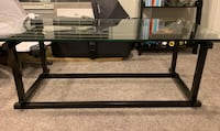 Glass coffee table. Great condition   Silver Spring, 20906