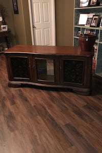 TV Media Console or Entertainment Piece Fort Worth, 76244
