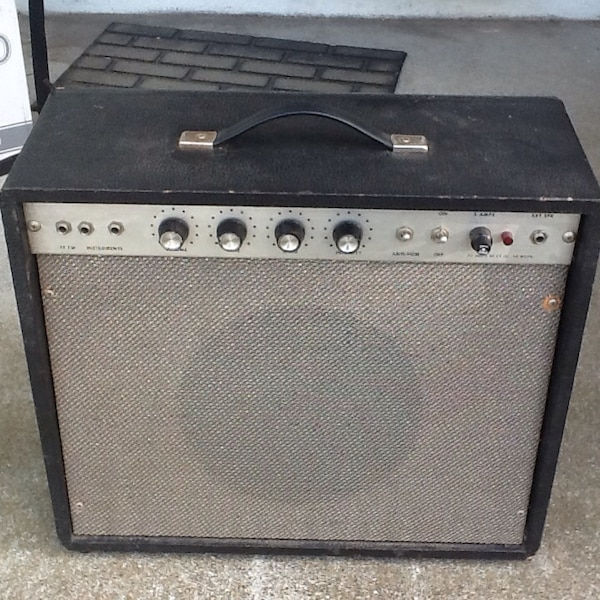 Used Vintage all-tube guitar amplifier for sale in South San Francisco
