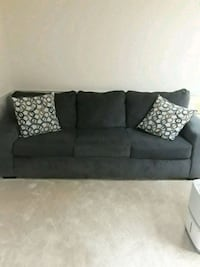couch with pull out bed Anniston, 36206