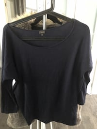 Navy blue scoop neck long sleeve shirt