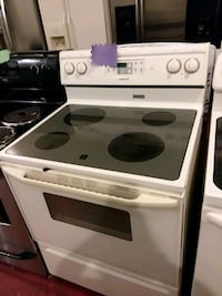 Maytag stove electric excellent condition 4months warranty  Halethorpe, 21227