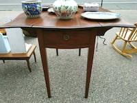 Antique refinished drop leaf table with two draws Framingham, 01702